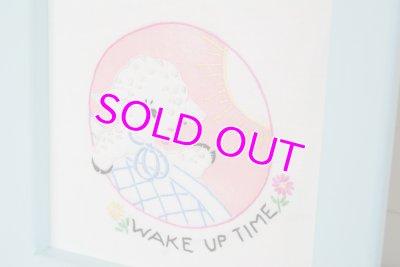 画像2: ☆ビンテージ フレーム付きキルトブロック☆WAKE UP TIME